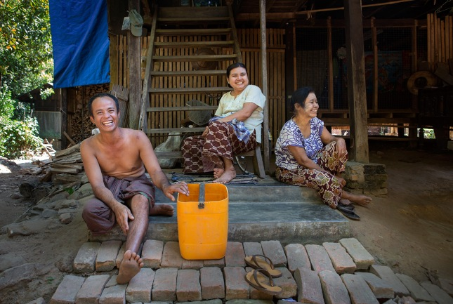 Travel, Burma, Myanmar, Local, Family, Ogre, Mawlamyine, Home, House, Stilts, Bamboo,