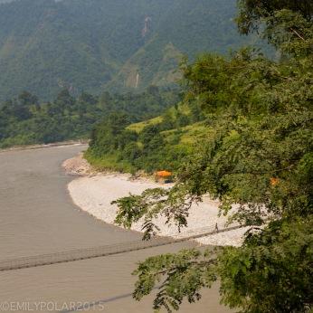 Pokhara_Transit_121002-233