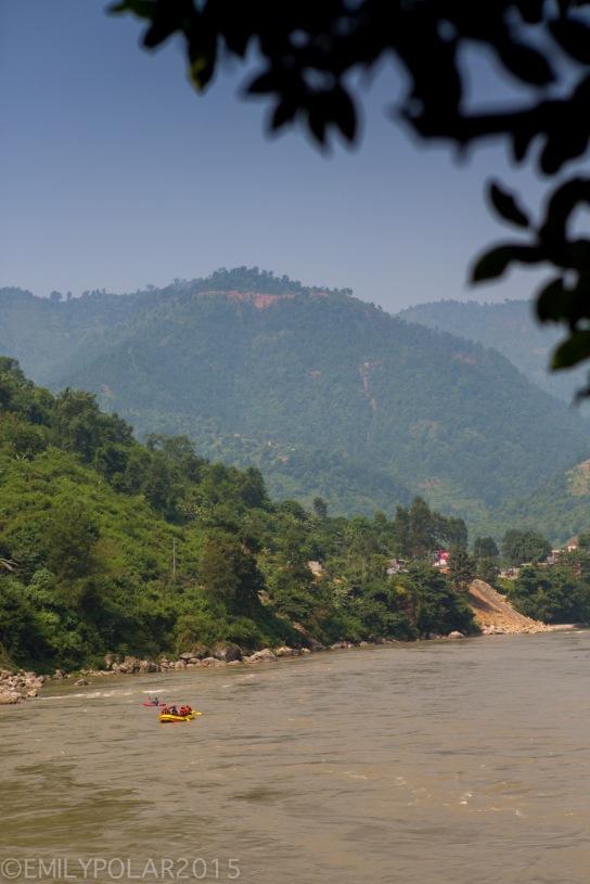 Pokhara_Transit_121002-237